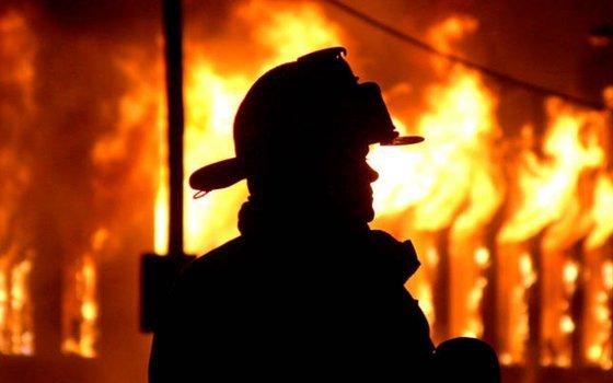 Смерть впожаре настигла 91-летнюю жительницу Рославля