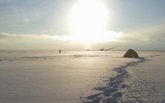 ВСмоленской области впалатке отыскали труп рыбака