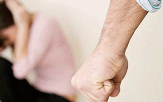 ВПочинковском районе алкоголик избил бывшую супругу наглазах усына
