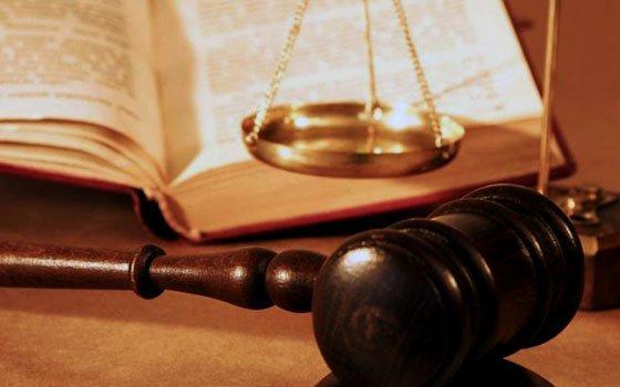 Смоленского бизнесмена будут судить заневыплату зарплат сотрудникам