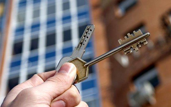 ВСмоленске риелтор три раза продала одну итуже квартиру