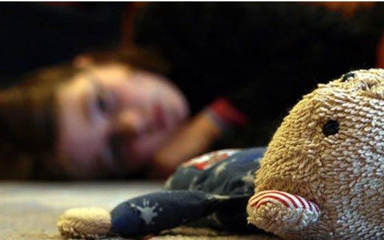 Смолянин часто  избивал свою 9-летнюю дочь