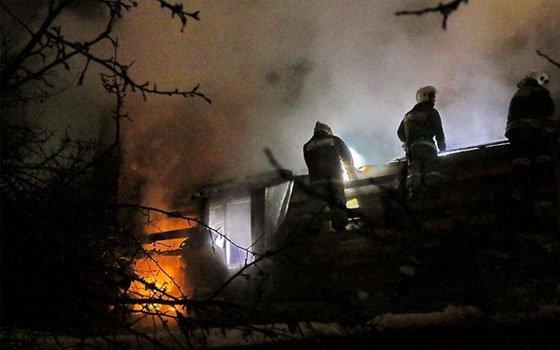 ВСмоленске впожаре вдоме пострадал хозяин-курильщик