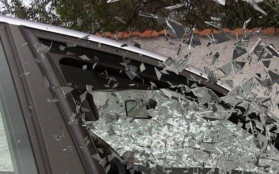 Большегруз врезался в легковое авто на Верхнем Волоке в Смоленске