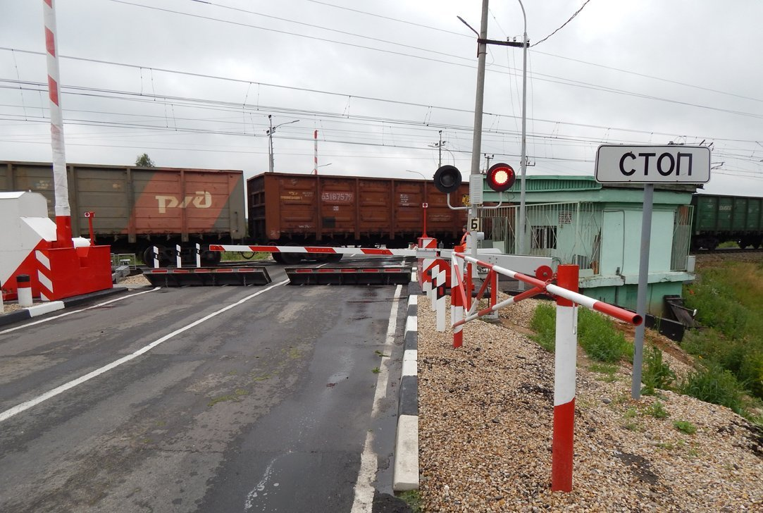 Движение автомобилей на трех переездах в Смоленской области будет ограничено в мае-июне в связи с ремонтными работами