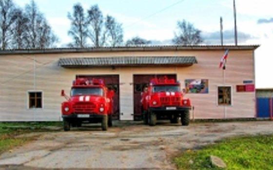 В Хиславичах горел автомобиль