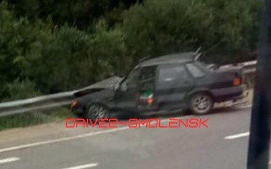 В районе Шокино лихач «припарковался» у отбойника