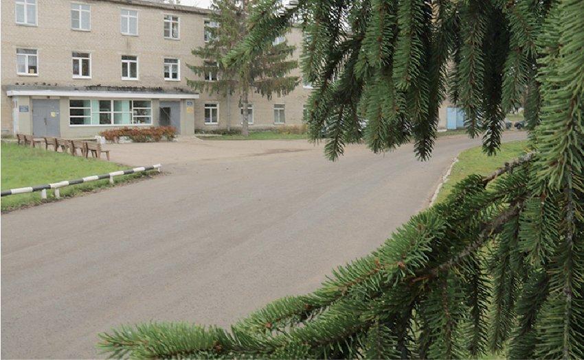 На благо пациентов. В Смоленской области отремонтировали дорогу к зданию больницы