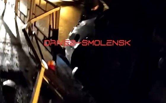 На Лавочкина в Смоленске BMW врезалась в дорожное ограждение