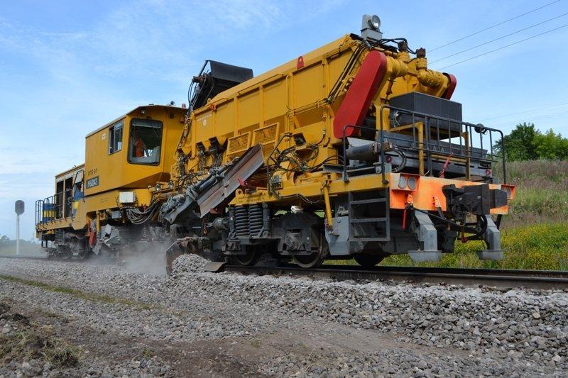 Более 40 км путей отремонтировано в Смоленской области в 2019 году