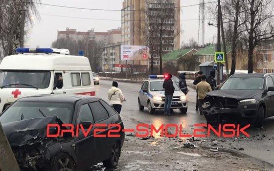 На улице Минской в Смоленске произошла жуткая автокатастрофа