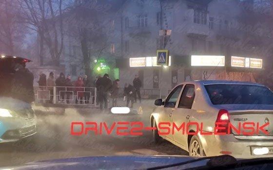 В Ленинском районе мужчина угодил под авто