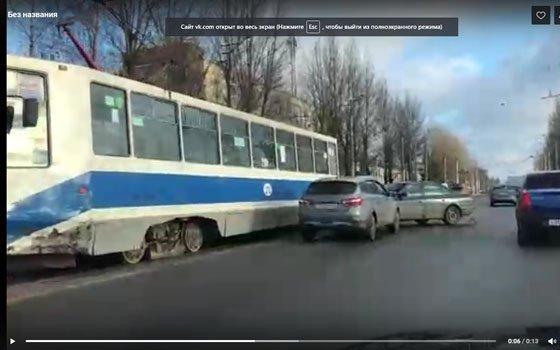 В сети опубликовали видео серьезного ДТП на Шевченко
