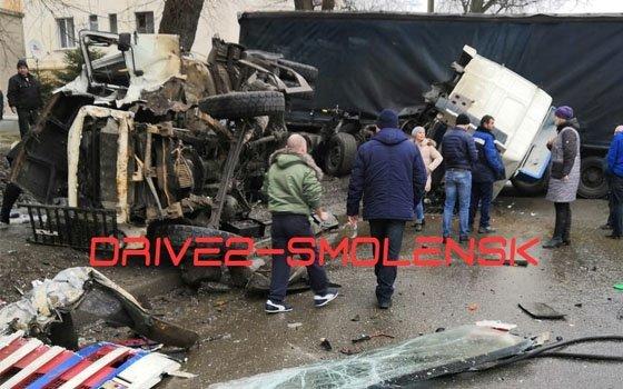Ужасное ДТП на Витебском шоссе: погиб водитель грузовика