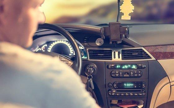 Смоленским автомобилистам запретят поворачивать налево