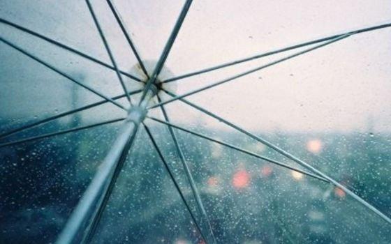 Смолянам советуют брать с собой зонтики