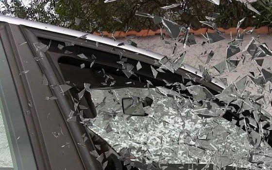 Под Ярцевом в серьезной аварии покалечились два человека