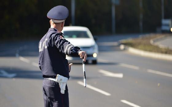 """В Вязьме полицейские нашли наркотики у водителя """"Лады Ларгус"""""""
