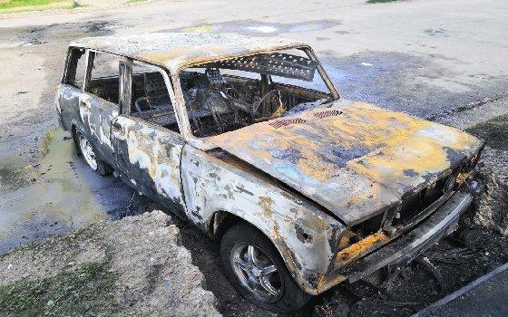 Ночью в Ярцево сгорел автомобиль