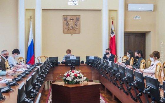 В Смоленской области продолжают помогат в трудоуйстройстве инвалидов