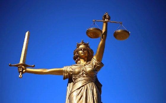 СМИ: СК разрешили возбудить уголовное дело на экс-судью Смоленской области