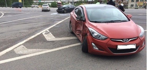 Два человека отправились в больницу после ДТП в Сафоновском районе Смоленской области