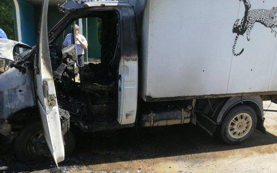 На смоленской дороге загорелся автомобиль