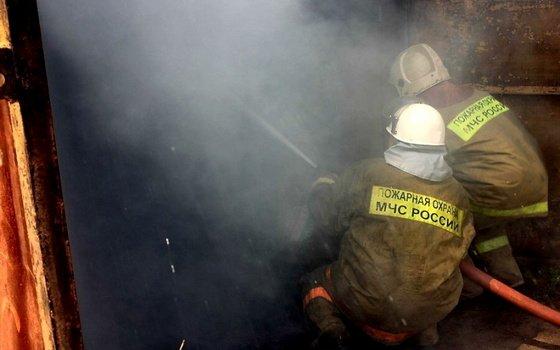 В Демидове сгорела «Нива» вместе с гаражом