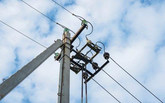 Смоленскэнерго предупреждает о необходимости соблюдения правил работы автомобильного транспорта в охранных зонах линий электропередачи